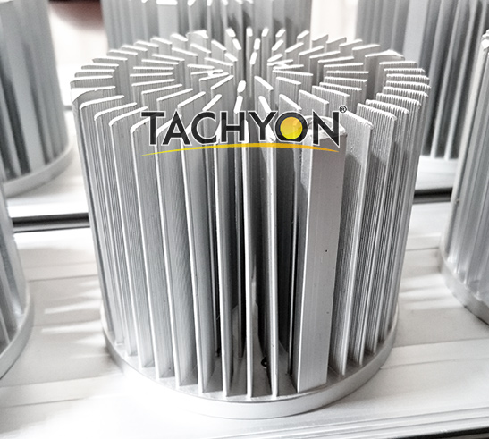 Heat dissipation of LED Sports light-2-dense aluminum fins